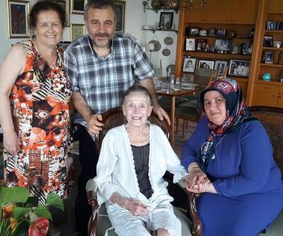 Usta tiyatrocu Yıldız Kenter'in son fotoğrafları ortaya çıktı
