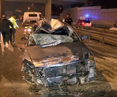 Otomobil taklalar atarak karşı şeride geçti: 4 yaralı