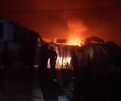 İdlib'de sığınmacı kampına saldırı: 12 sivil hayatını kaybetti