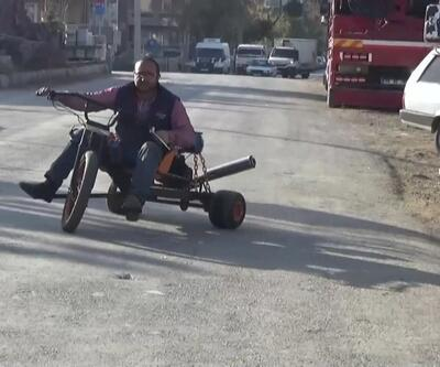 Hurdalardan motosiklet yaptı