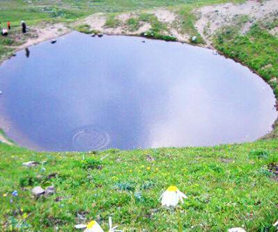 Bakan Kurum'dan Kadıralak Yaylası ve Dipsiz Göl açıklaması