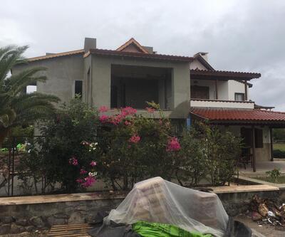 CHP'li Erdoğdu'nun Çeşme'deki villası mühürlendi