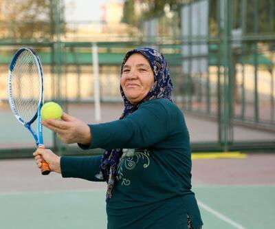 Belediye kursunda tenis oynamayı öğrendi! Hülya Avşar'dan davet geldi