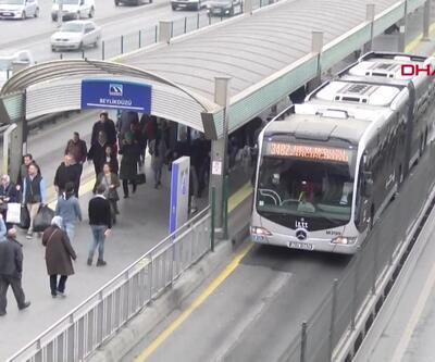 Metrobüste 2 Senegalli kadını taciz etti iddiası