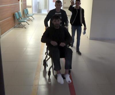 5 Yunan polisi 2 saat dövdü