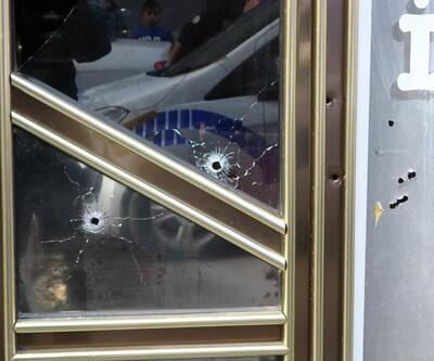 Beyoğlu'nda silahla iş yeri bastı