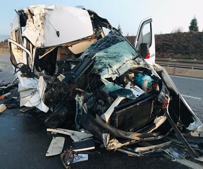 Taraftarları taşıyan minibüs kaza yaptı: Çok sayıda yaralı var