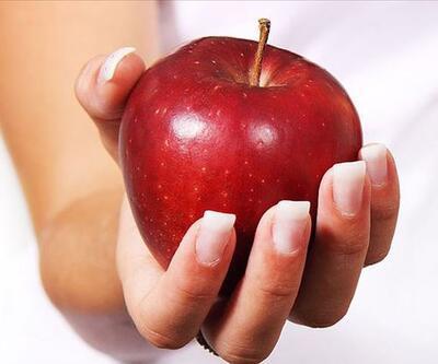 Uzmanından önemli uyarı: Bir kase yoğurt yiyorsak yanında elma da tüketin