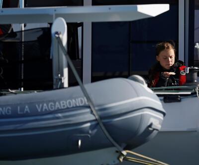 İsveçli aktivist Greta Thunberg 3 haftada okyanusu geçerek Lizbon'a vardı
