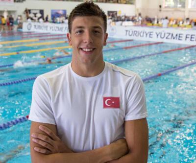Milli yüzücü Emre Sakçı, gümüş madalya kazandı