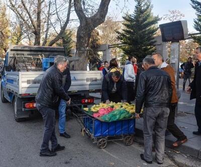 Ankara'da zabıtadan 'seyyar satıcı' denetimi