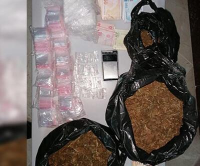 İzmir'de büyük uyuşturucu operasyonu: 10 bin hap, 1 kilo kokain ele geçirildi