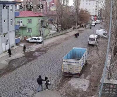 Liseli kızı minibüsle kaçırmaya çalıştılar