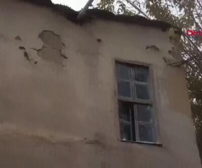 2 katlı kerpiç bina çöktü