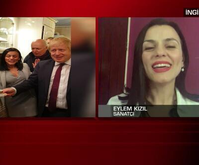 Ünlü şarkıcı Eylem, Johnson'a Türk kahvesi ikram etti