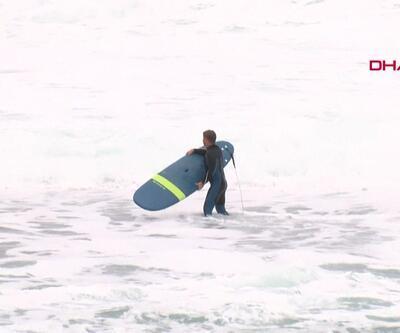 Fırtına öncesi sörf yaptılar