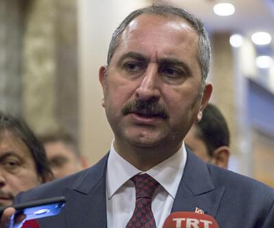 Son dakika... Bakan Gül'den ABD Senatosu'nun Ermeni kararına tepki