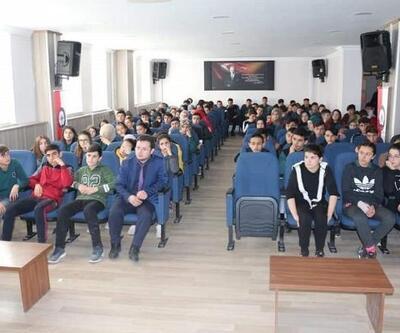 İmranlı'da 'Gençlik ve güvenli gelecek' konferansı