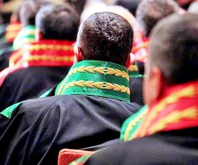 FETÖ ile irtibat içinde oldukları iddiasıyla 18 hakim ve savcı açığa alındı