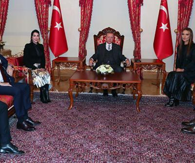 Cumhurbaşkanı Erdoğan, Demet Akalın ve Hande Yener'i kabul etti