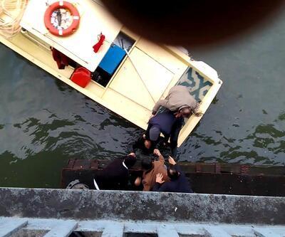 Unkapanı Köprüsü'nden atlayan kişi kurtarıldı