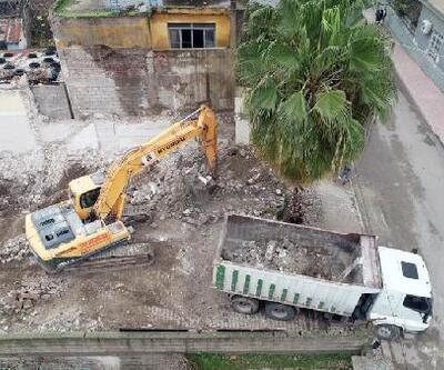 Başkan Aydar, kendisine ait evi yıktırıp alanı kreş için tahsis etti