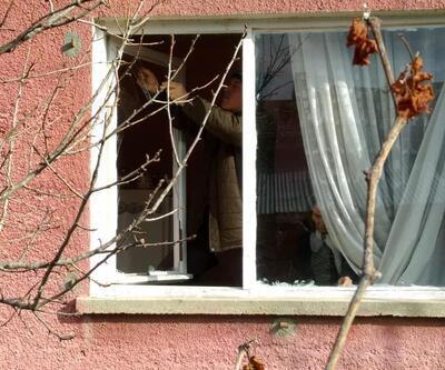 Anne- kızın ellerini bağlayıp evi soydular