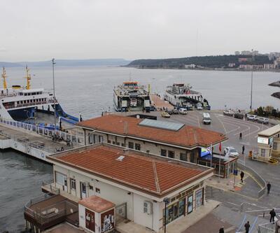 Kuzey Ege ve Güney Marmara'daki feribot seferleri iptal edildi