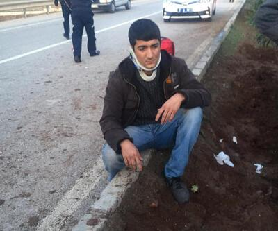 Lastiği patlayan midibüs devrildi: 30 işçi yaralandı