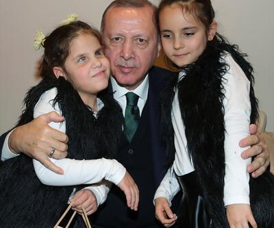 Cumhurbaşkanı Erdoğan, görme engelliler sınıfı öğrencilerini kabul etti