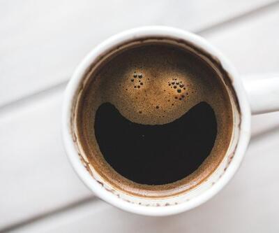 Kahve ve çay tüketimi bağırsakları tembelleştiriyor