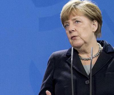 Merkel, Libya Konferansı'na Sarrac ve Hafter'i de davet etti