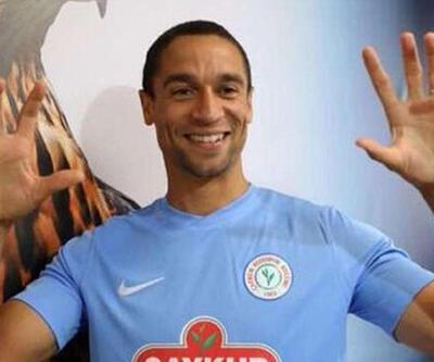 Çaykur Rizespor'da De Pauw'un sözleşmesi feshedildi
