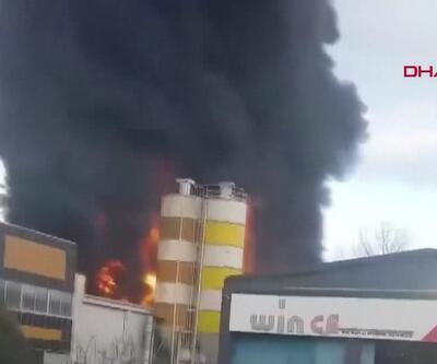 Son dakika: Plastik fabrikasında yangın