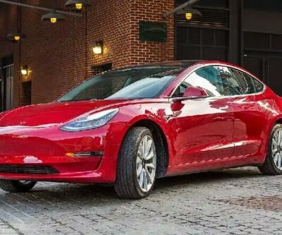 Tesla araçları konuşma özelliği kazanıyor