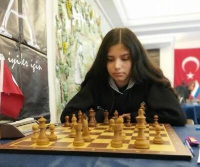 İzmirli satranç sporcuları Türkiye şampiyonasına hazır