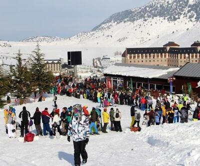 Davraz Kayak Merkezi'ne ziyaretçi akını