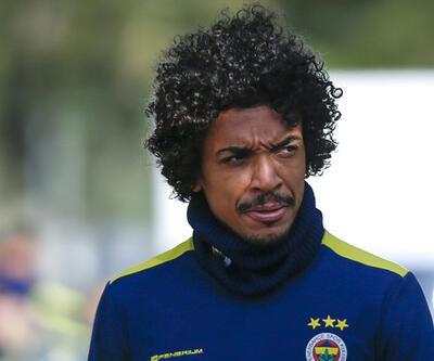 Luiz Gustavo kafaları karıştırdı