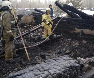 Rusya'da bir evde yangın: 11 kişi öldü