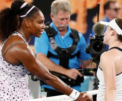 Serena Williams ve Federer, Avustralya Açık Tenis Turnuvası'nda 3. tura yükseldi