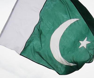 Pakistan Dışişleri Bakanı Kureyşi: Trump, Pakistan'ı ziyaret edecek