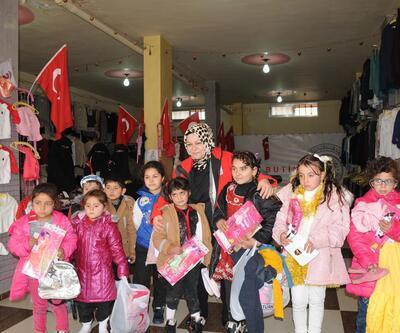 Suriyeli çocuklara ayakkabı ve mont