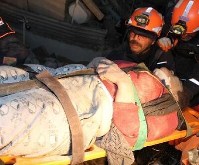 5 katlı apartmanın enkazından 3 kişi yaralı kurtarıldı