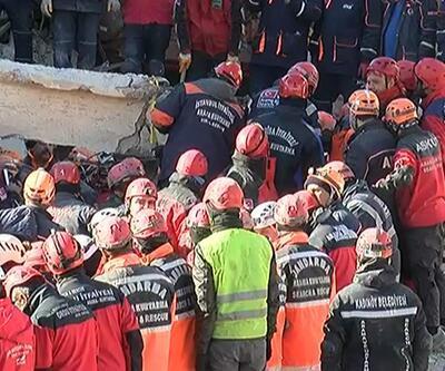 Elazığ Sürsürü'de enkaz altındaki 2 kişiye daha ulaşıldı