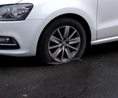 Araç tekerleklerini patlattı