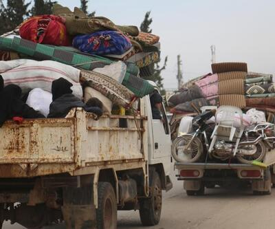 İdlib'de son 24 saatte 39 bin sivil daha Türkiye sınırı yakınlarına göç etti