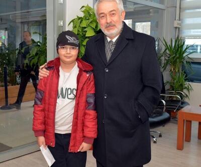 OrtaokulluAlperen, 80 liralık bursunu depremzedelere bağışladı