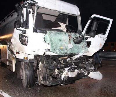 Tanker, TIR'a çarptı: 1 yaralı