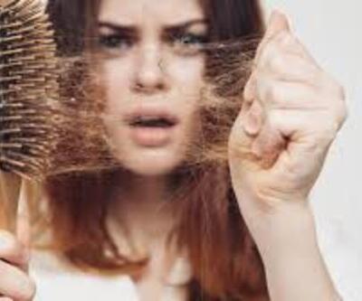 Kadınlarda saç dökülmesi neden olur?