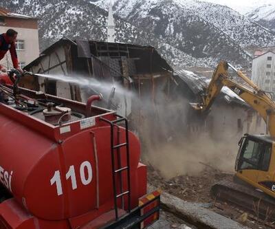 Gümüşhane'de metruk binaların yıkımı tamamladı